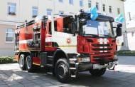 Dovana ugniagesiams – naujas gaisrinis automobilis
