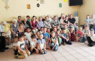 Mokinukai aplankė senelius