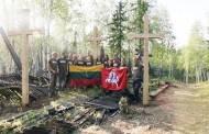 Lietuviai grįžo į Igarką: statė kryžius ir uždainavo