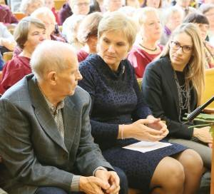 Iš kairės – S. Abromavičius, A. Kalesnikienė ir R. Duobaitė-Bumbulienė.