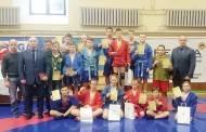 Jauniesiems sambo imtynininkams – 18 medalių