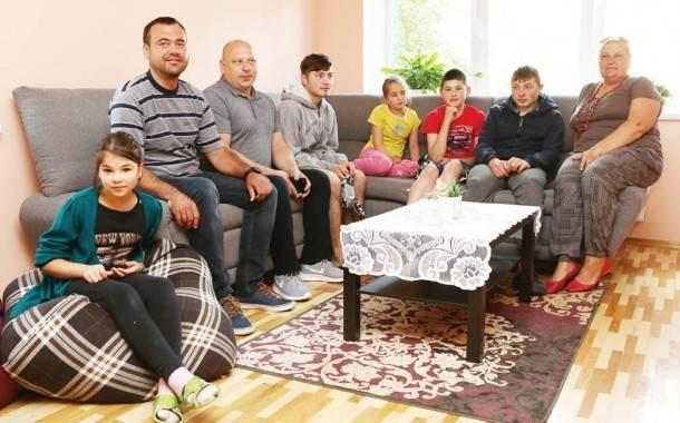 Iš valdiško būsto vaikai perkraustyti  į jaukius namus