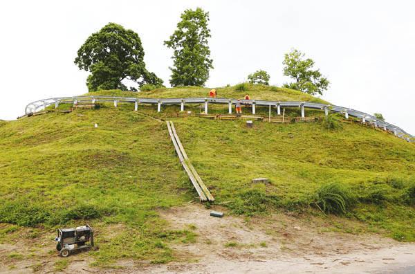 """""""Vykdomi statybos darbai galimai žaloja valstybės saugomą kultūros paveldo objektą"""""""