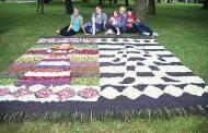 Audė floristinius kilimus