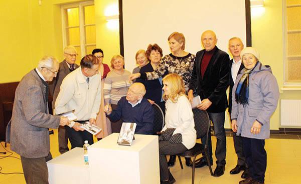 """""""Lietuvoje yra tokia problema: kai tautai gresia pavojus, ji susiburia, kai tauta yra nepriklausoma – ji išskysta"""""""