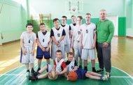 Žaidė jaunieji krepšininkai
