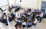 Pirmieji susirinko diskusijai,  kaip didinti mokytojų prestižą
