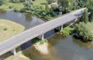 Po tiltu rastas sužalotas žmogus