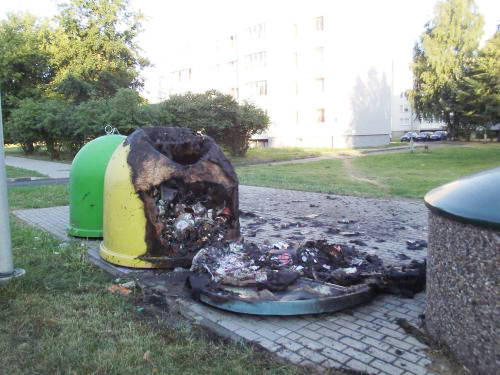 Per savaitę degė 5 atliekų konteineriai