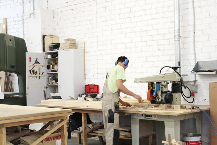 Per metus dirbtos valandos darbo sąnaudos padidėjo 9,8 proc.