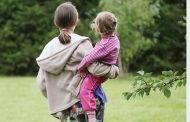 Kam priklauso mamadieniai ir tėvadieniai