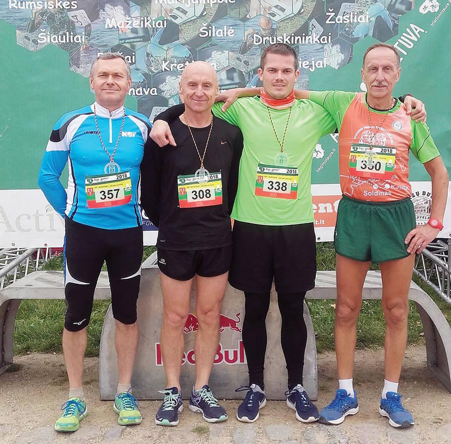 Ukmergės bėgikai sezono dar nebaigė