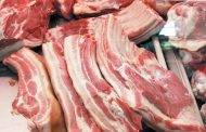 Parduotuvėje gabalėlio mėsos gali ir neatpjauti