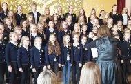 """1–10 klasių moksleivių dainų šventė """"Dainuojam draugams ir Lietuvai"""""""