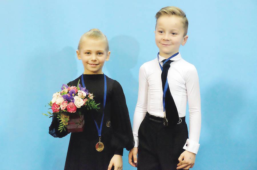 Iš šokių varžybų – su apdovanojimais