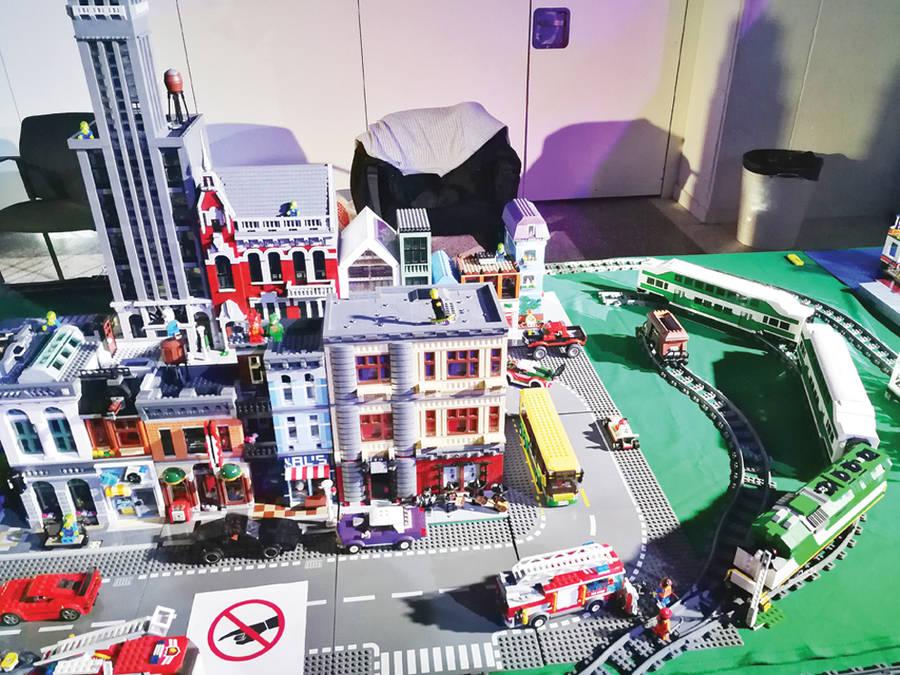 Dalyvavo Lego statinių konkurse